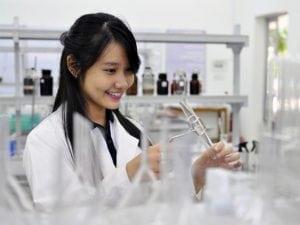Cao đẳng Dược TP. HCM miễn giảm học phí cho thí sinh