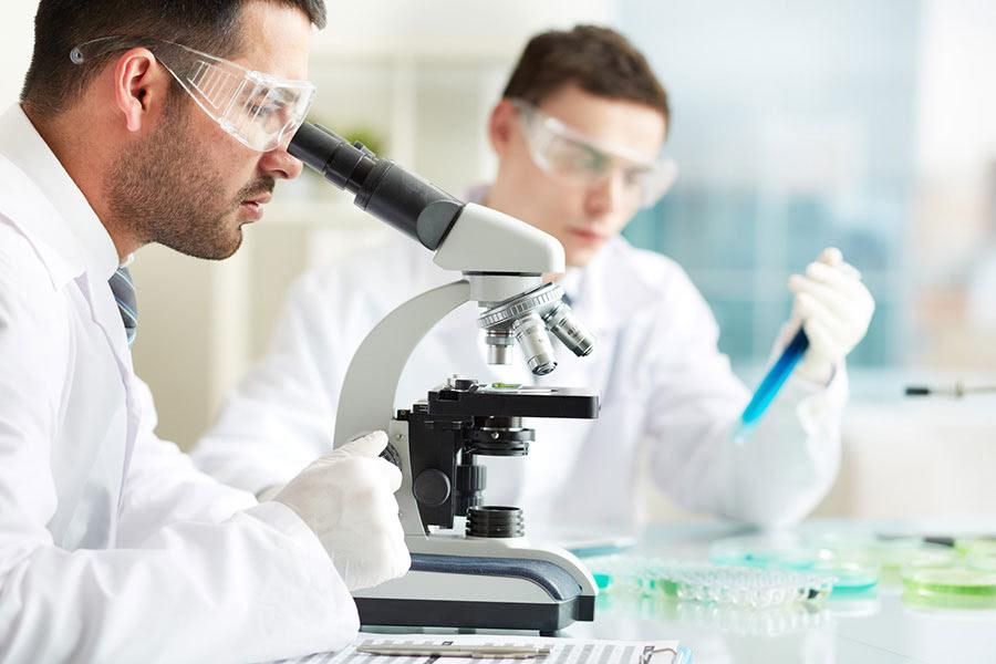 Kỹ thuật viên Xét nghiệm Y học đào tạo mấy năm và học ở đâu?