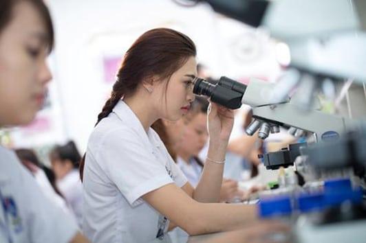 Cần rèn luyện tốt kỹ năng cho sinh viên ngành Dược