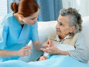 Điều dưỡng là một ngành đóng vai trò quan trọng trong hệ thống Y tế