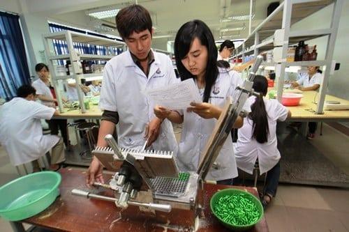 Học ngành Dược sẽ có cơ hội việc làm tốt trong tương lai