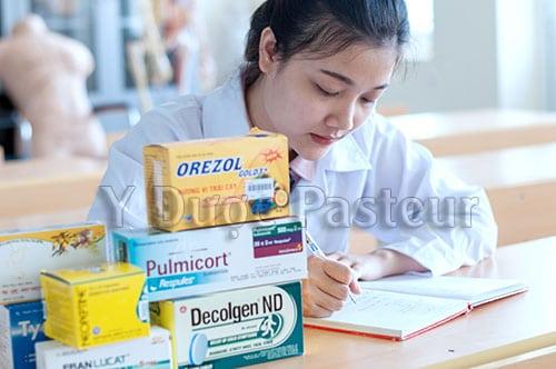 Trở thành bà chủ quầy thuốc nhờ học Cao đẳng Dược Pasteur TP.HCMTrở thành bà chủ quầy thuốc nhờ học Cao đẳng Dược Pasteur TP.HCM