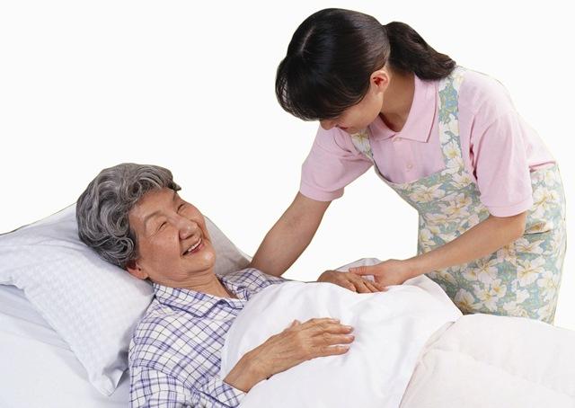 Những điều đặc biệt trong dịch vụ chăm sóc sức khỏe người già ở Nhật Bản