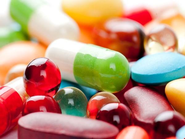 Trình dược viên phụ trách phân phối thuốc