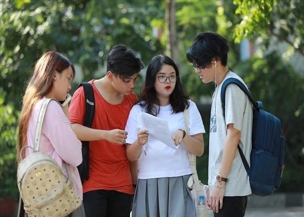 <center><em>Năm 2021, nhiều trường đại học xét tuyển bằng chứng chỉ ngoại ngữ quốc tế</em></center>