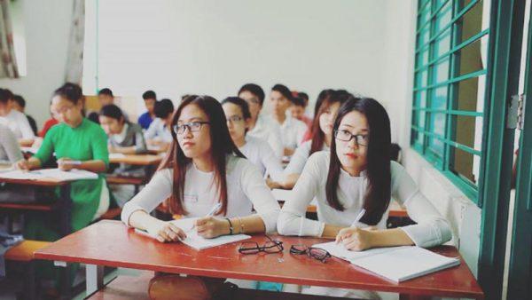Từ ngày 1/7/2020, sinh viên Sư phạm không còn được miễn học phí